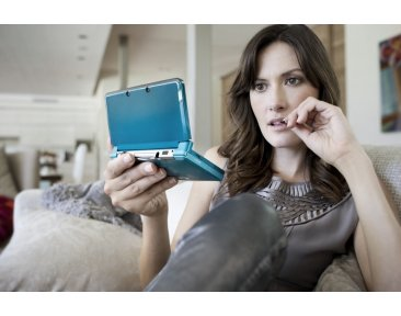 Images-Screenshots-Captures-Photos-Nintendo-3DS-Console-Hardware-Lifestyle-1067x711-18022011-4