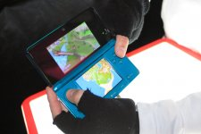 3ds-lancement-console-new-york-photos_2011-03-28-08